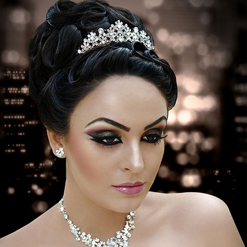 Wedding Hairstyle Courses: Bridal Makeup Courses